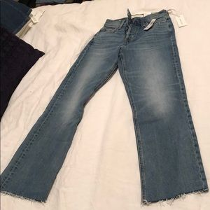 Aritizia Brand new high rise straight ankle jeans